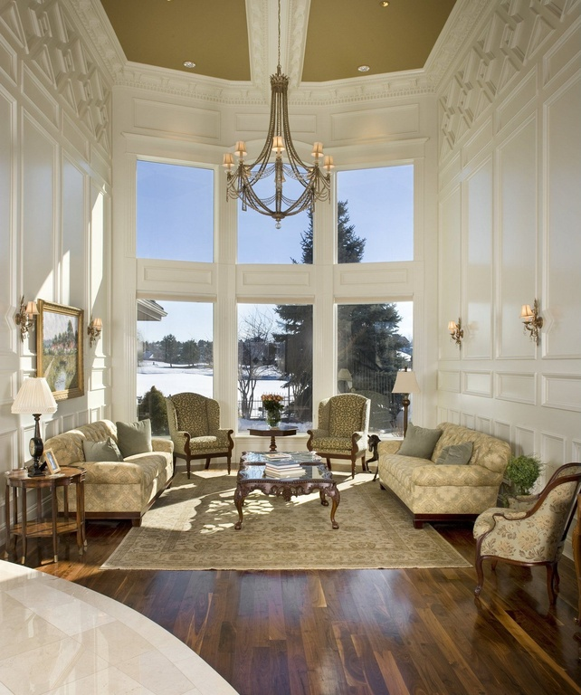 Colonial Style Great Room