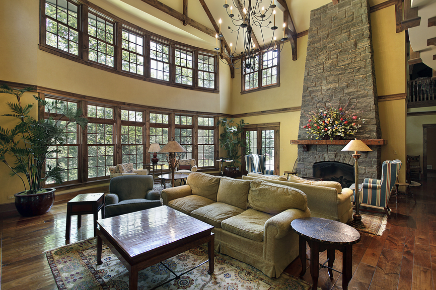 Large Great Room with Expansive Wall of Windows