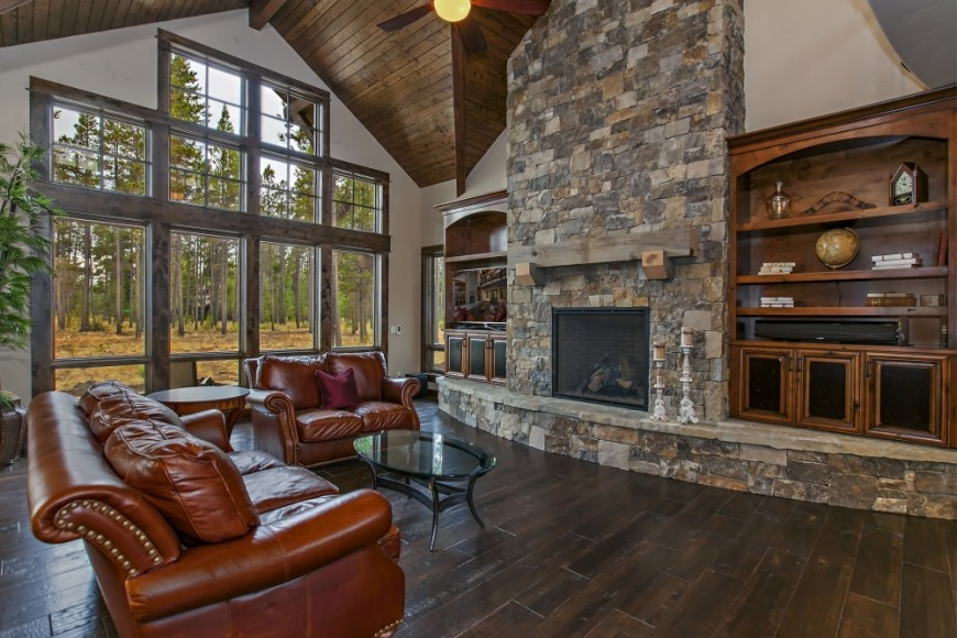 Cozy Rustic Great Room