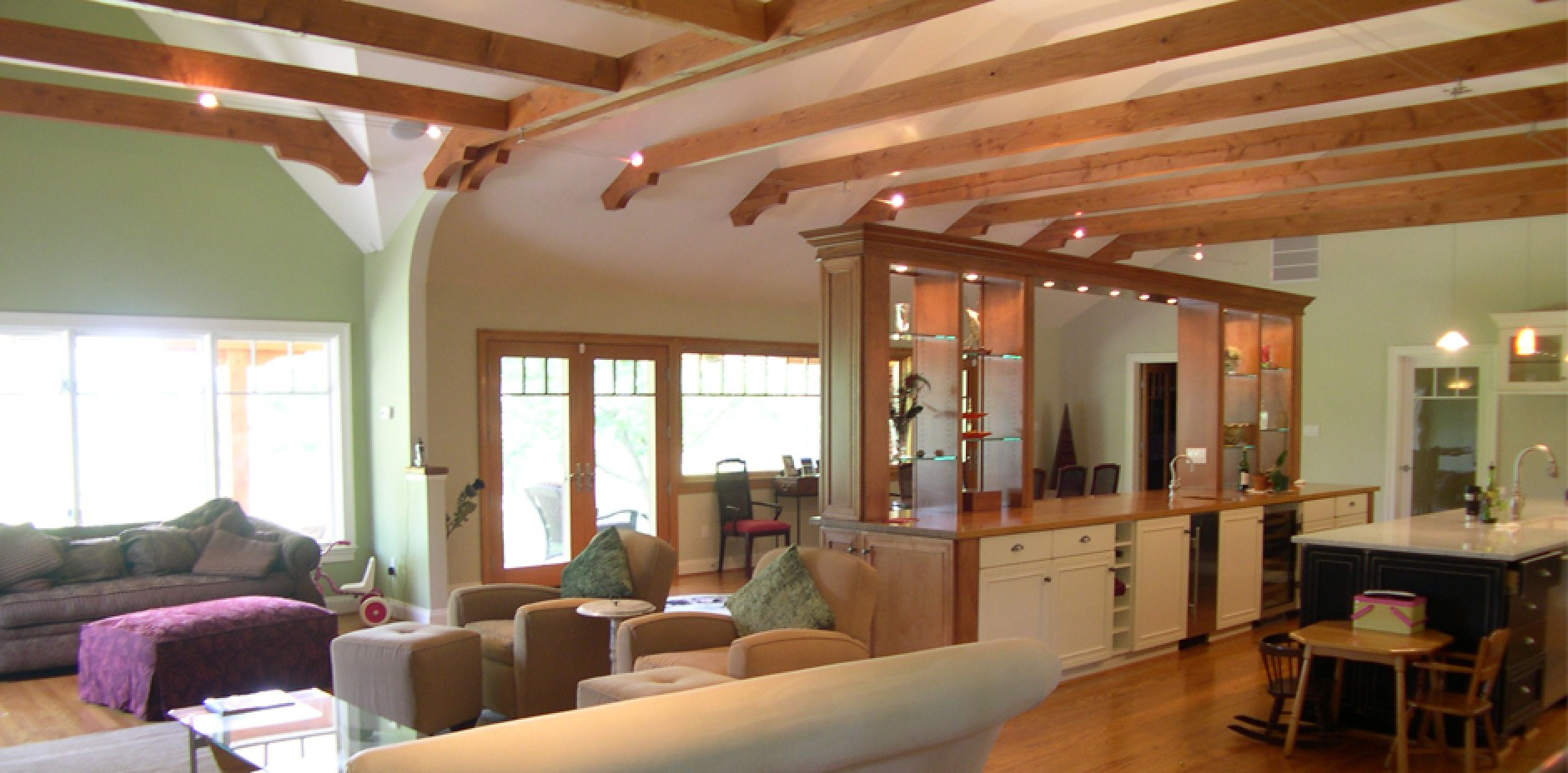 Open floorplan with beams commonwealth home design for Open beam house plans