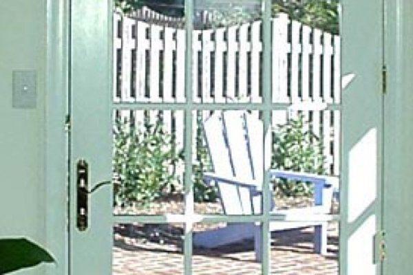 x6adda7488f4602c0b5156497f627f7de_Dray-exterior-french-door-940-464-c.jpg.pagespeed.ic.zjWcbWhZ2r@2x